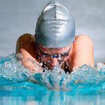 Техника плавания брассом для начинающих: матчасть и видео урок