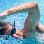 Стиль плавания кролем на груди: техника плавания
