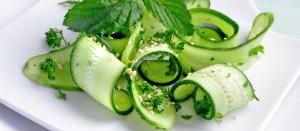 Огуречная диета на 7 дней: рацион на день + рецепты дозволенных салатов.