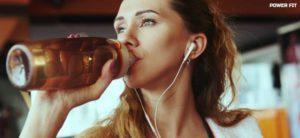 Как пить изотоник во время тренировки.